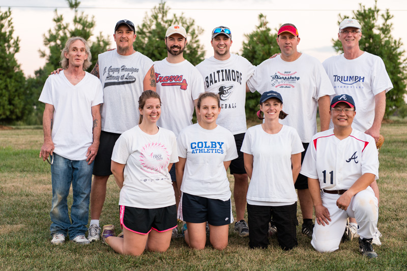 White team, from left, back row: Lester Williams, Woody Smith, Will Kolb, Tim Gower, Troy Taylor, and Dave Heimbrook; front row: Jamie Rodriguez, Megan Michie, Leslie Garvey, and Wonil Kim.
